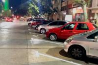Ordenan y aumentan el estacionamiento frente a Plaza 25 de Mayo