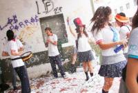 Los estudiantes de último año seguirían en clases hasta abril de 2021