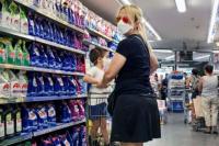 Autorizan a niños y niñas de hasta 12 años para salir a hacer compras