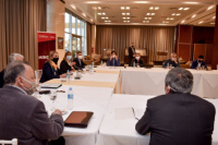 Junto con los municipios, Provincia acordó la nueva fase del aislamiento