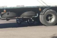 Accidente fatal: un motociclista murió al impactar con un camión