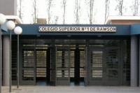 Por un contacto con el quinto caso de COVID-19, docentes de un colegio rawsino fueron aisladas