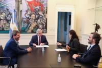 En Casa Rosada, Fernández recibió a Uñac para firmar el plan Argentina Construye