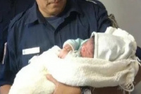 Efectivos pocitanos ayudaron en el parto de un bebé en La Rinconada