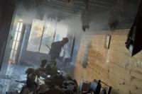 Una estufa a leña provocó el incendio de una vivienda prefabricada