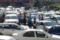 """""""No podemos estar sin trabajar"""": comerciantes se autoconvocan a un bocinazo"""