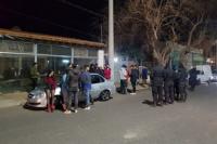 Desactivan dos fiestas clandestinas: como resultado más de 70 personas terminaron detenidas