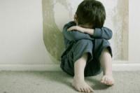 Niño de 6 años delató a su padre con la policía, tras ser testigo de una brutal golpiza contra su madre