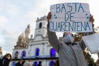 Para un periodista Argentina va a desaparecer por la extensión de la cuarentena