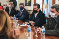 Uñac se reunió con su gabinete para definir la próxima etapa de la cuarentena
