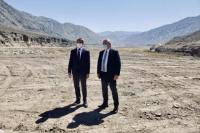 Fernández y Uñac recorrieron las obras del dique El Tambolar