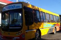 Por problemas con el trasporte público, una empresa ofrece su servicio para zonas alejadas de Caucete