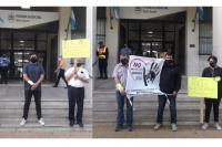 En la puerta de Tribunales se manifestaron para pedir que avancen las causas judiciales