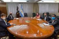 Funcionarios del ministerio de Economía viajan a EE. UU para negociar un nuevo pago