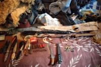 Encuentran armas para la caza y animales enjaulados, en un domicilio de Jáchal
