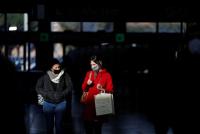 """Reino Unido descubrió una nueva cepa """"aún más contagiosa"""" del virus en Sudáfrica"""