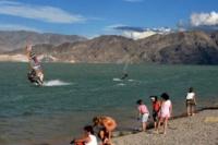 Desde el fin de semana habilitan solo playas privadas en la provincia
