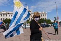 Por un aumento de casos de coronavirus Uruguay cerró escuelas y oficinas estatales