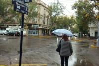 Afirman que llega viento Sur y lluvias que harán bajar la temperatura