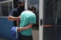 Golpeó a su pareja, a su suegra y atacó al personal policial al ser detenido