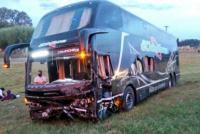 Ruta 9: chocó un colectivo de una empresa sanjuanina y hay 3 muertos