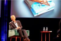 Macri lanzó un sorteo de su libro