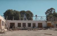 Continúa la refacción de edificios escolares tras el terremoto