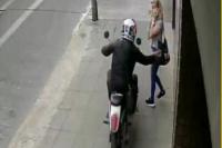 Mujer terminó con el brazo fracturado tras un violento arrebato en Santa Lucía