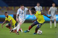 Argentina y Colombia van por la final de la Copa América: hora, formaciones y TV