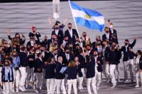 Saltos, cantos y emoción: así fue el ingreso de la delegación argentina a los Juegos olímpicos