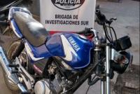 Tras un allanamiento, atrapan a un delincuente que robó una moto