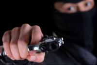 Creyó que llegaba su hermano, abrió la puerta y era un ladrón: le robaron $190.000