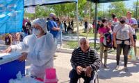Salud Pública y el Registro Civil organizaron un operativo de vacunación en Rivadavia