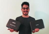 Nacho, el sanjuanino que de forma gratuita arregla computadoras
