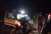Cuatro turistas resultaron heridos en un violento choque frontal en 25 de Mayo